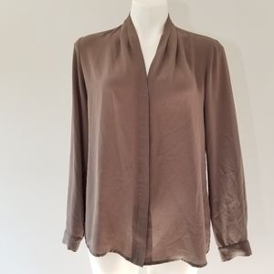 Violet + Claire Brown Long Sleeve Button up Blouse